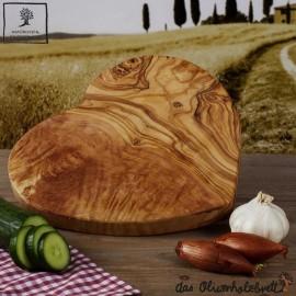 Planche a decouper bois d'olivier, sous forme de  coeur