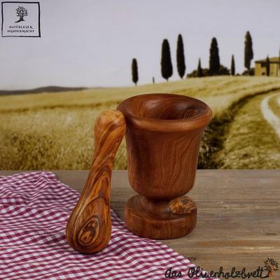 Olivenholz Mörser und Stößel im traditionellen Stil